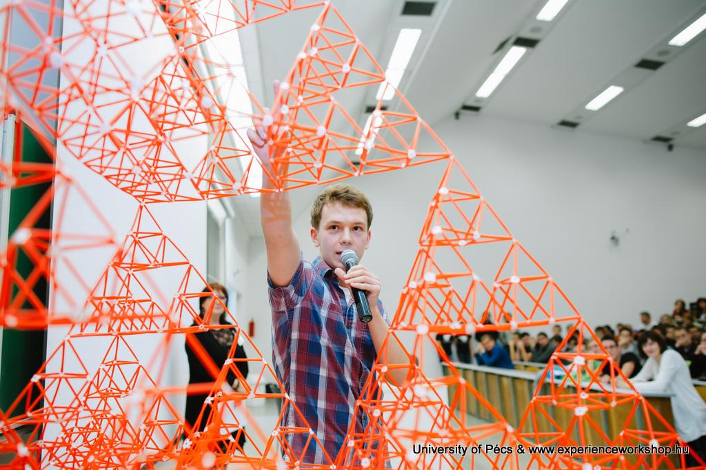 Tervezd velünk a jövőd! Nagy érdeklődés kísérte az ÉlményMűhelyt a Pécsi Tudományegyetem Műszaki és Informatikai Karán