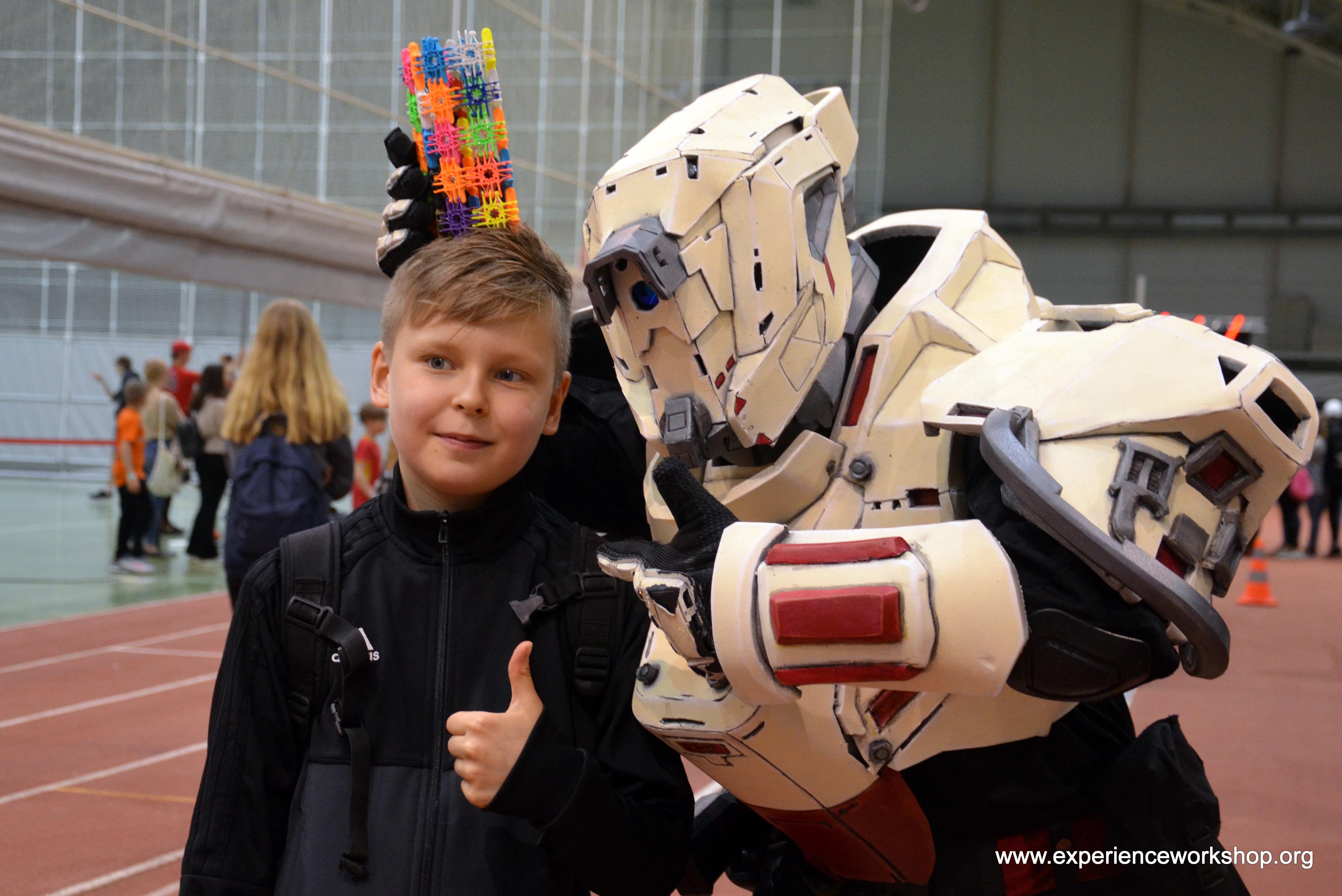 Földönkívüliek látogatása az iskolások fesztiválján